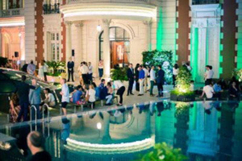 Sunset Sessions Jardines del Four Seasons Hotel con Cosecha Especial de Bodega Norton