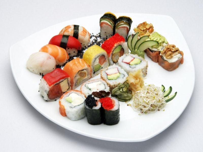 Nueva sucursal de Akira Sushi en el polo gastronómico de Núñez