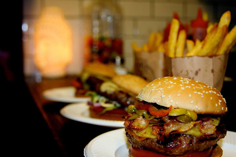 Burger Joint:  hamburguesas de Nueva York en Plaza Serrano