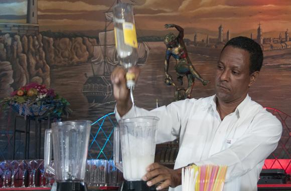 Se eligió al Rey del Daiquiri en el mítico bar cubano La Floridita