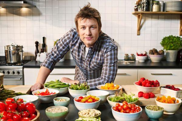 Jamie Oliver enumeró los 14 alimentos clave para la longevidad