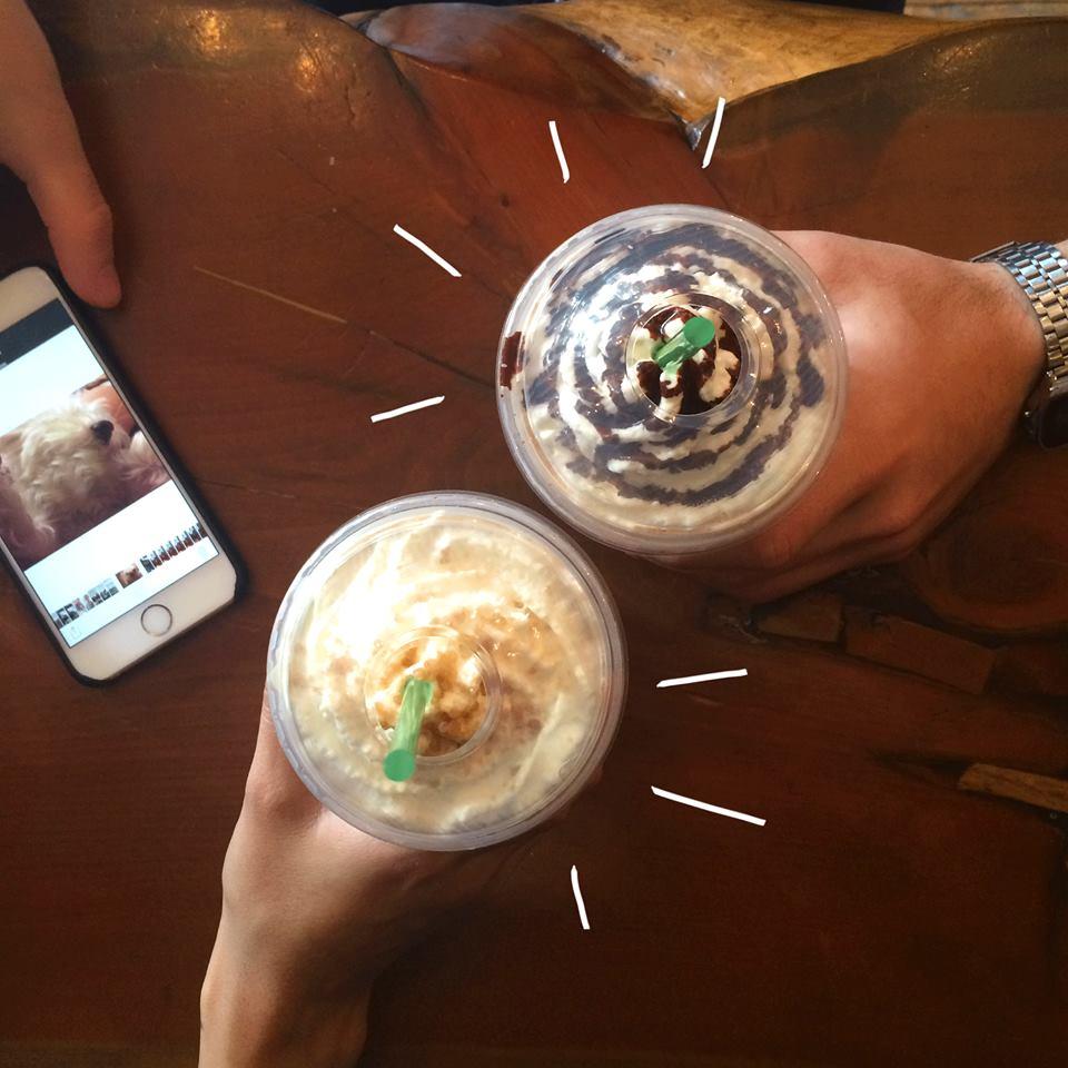 Starbucks se anticipa a la navidad con un 2×1