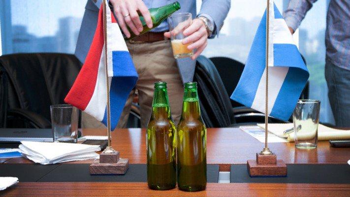 Investigadores del CONICET trabajarán junto a la cervecería Heineken