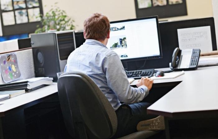 ¿Cómo combatir el sedentarismo en la oficina?