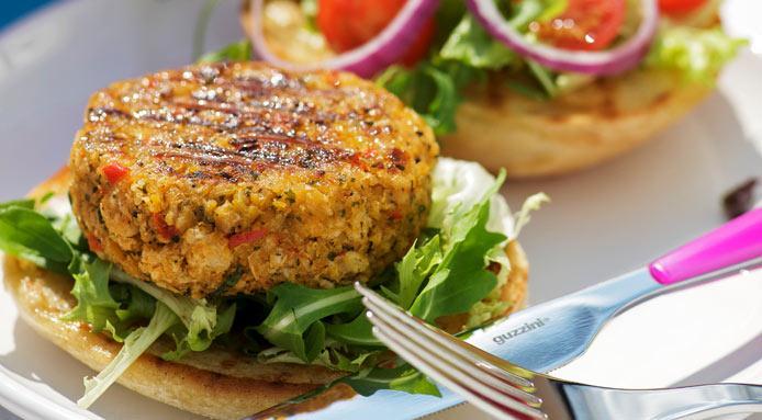 4 recetas de hamburguesas saludables hechas con vegetales