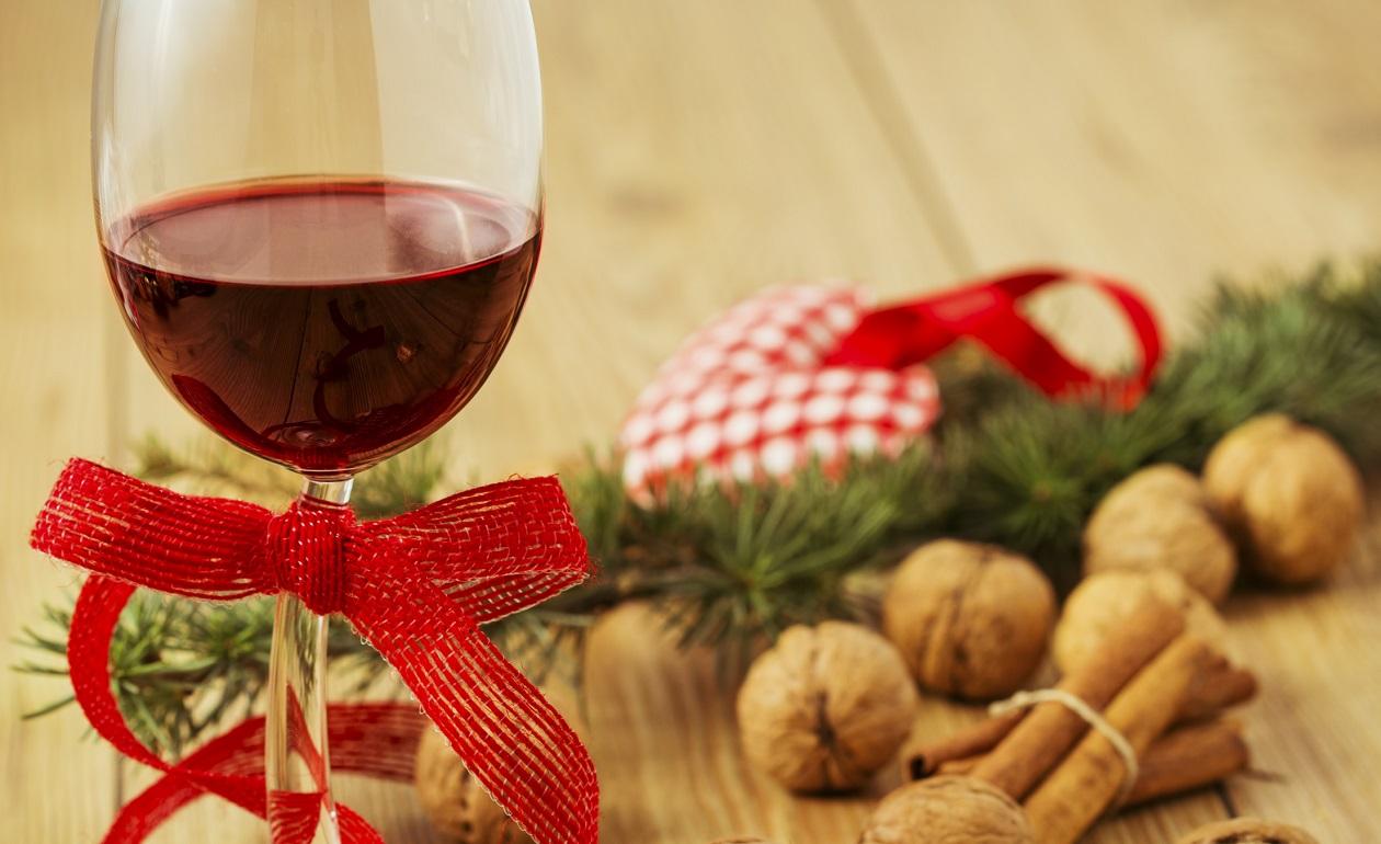 Cómo elegir el vino adecuado para estas fiestas
