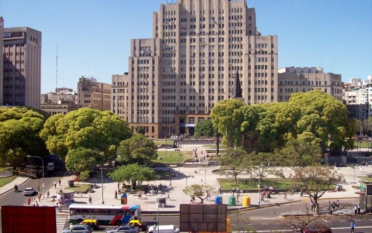 Avanza el proyecto para construir un Polo Gastronómico bajo la Plaza Houssay