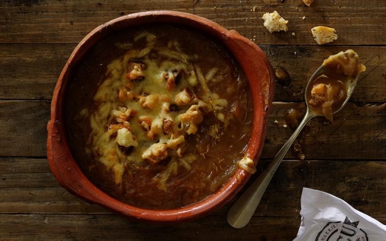 Invierno a la francesa en Cocu con una humeante Soupe à l'oignon