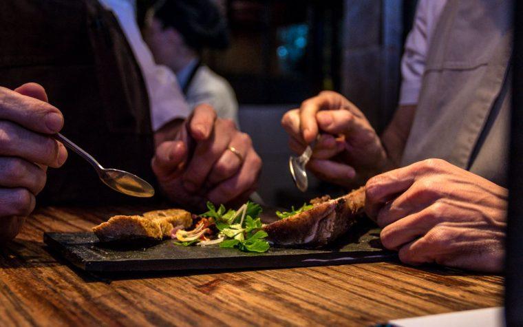 Puratierra Restaurant celebra sus 10 años con un menú especial