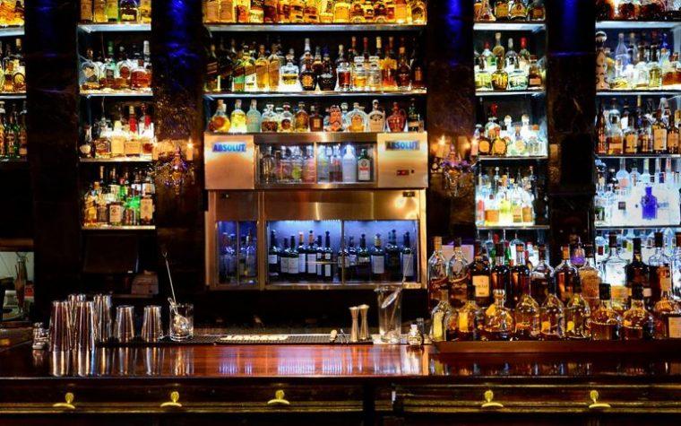 Portezuelo, el bar de Recoleta, cumple aniversario y ofrece grandes propuestas