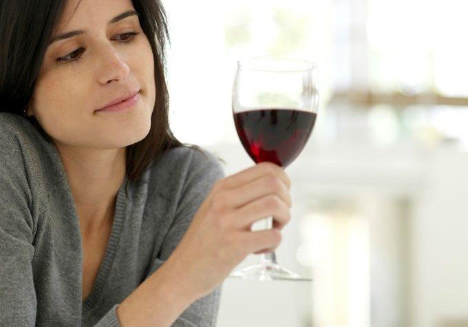 Cuatro bebidas alcohólicas que no engordan tanto
