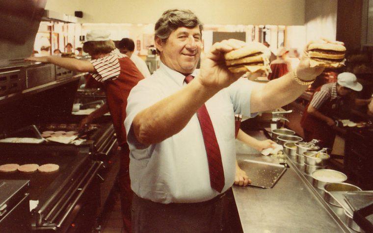 A los 98 años murió el creador del Big Mac
