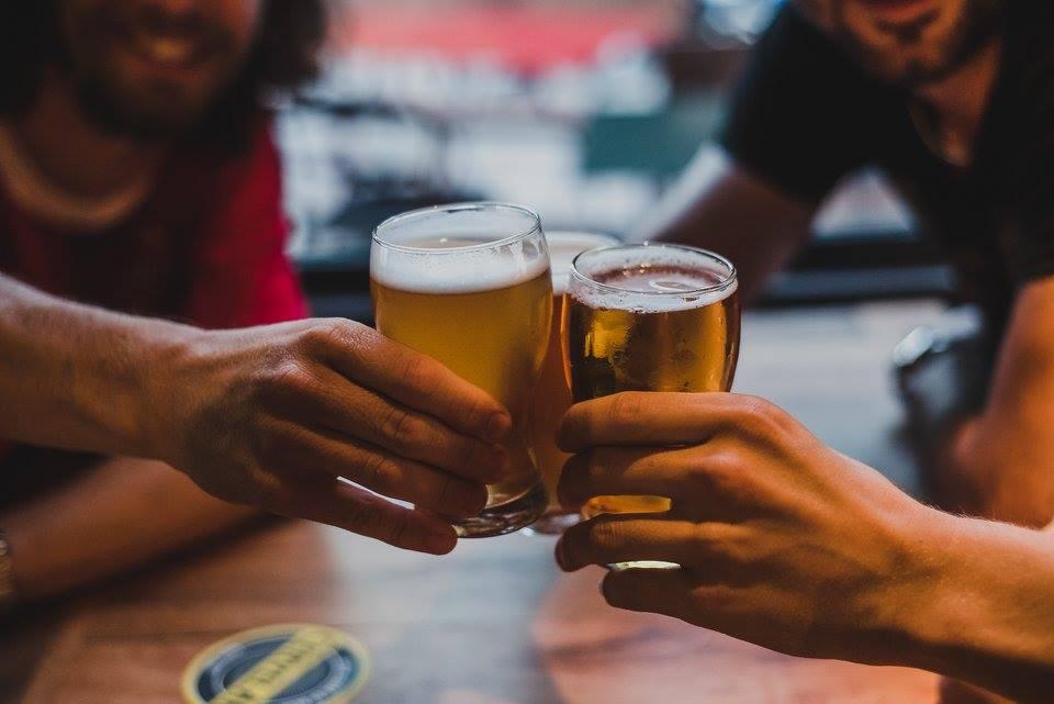 Los mejores bares para tomar cerveza artesanal en Buenos Aires