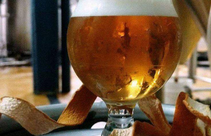 Sale la primera cerveza artesanal co-creada por 4 cerveceros argentinos