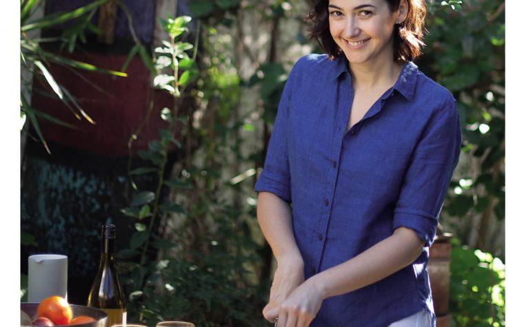 """""""Apuntes de Cocina"""", el primer libro de Ximena Sáenz"""