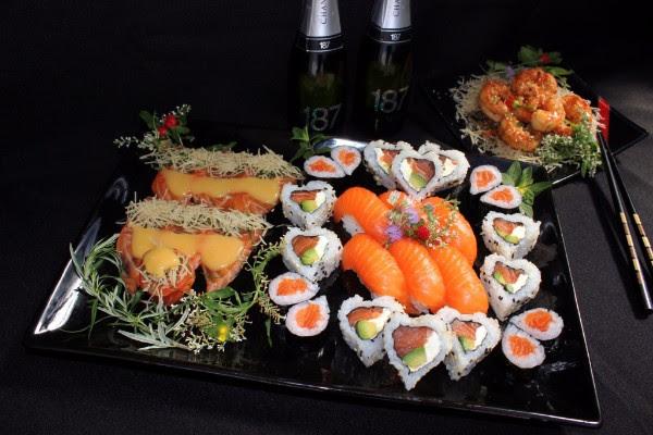 Un clásico de San Valentín: sushi temático y brindis en Kokoro
