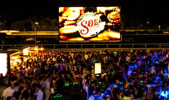 """Un after con """"Espíritu Libre"""" con cerveza Sol en el Hipódromo"""