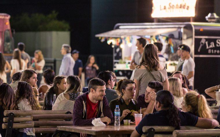 Música en vivo y comida al paso: Vuelve Food Fest a La Rural