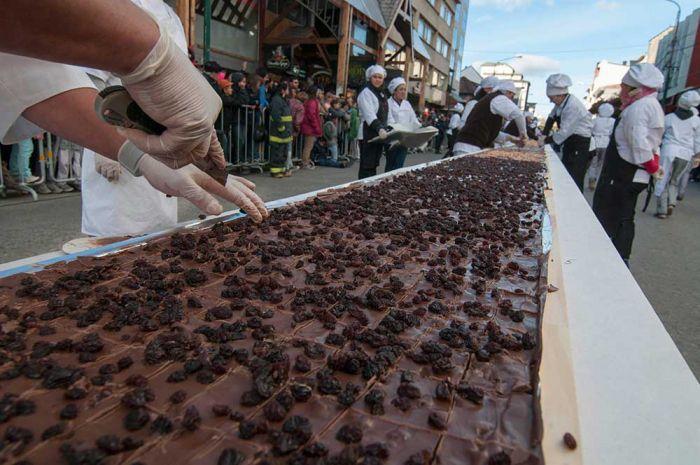Bariloche celebrará las Pascuas con una barra de chocolate de dos toneladas