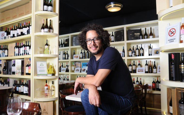 Revista Anfibia y Aldo's Vinoteca presentan su taller de cata de vinos