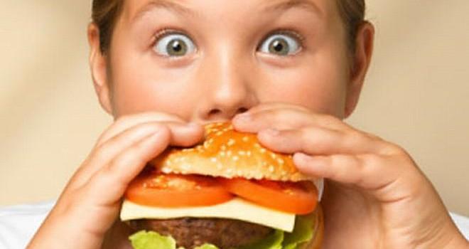 Buscan diseñar políticas para controlar la obesidad infantil