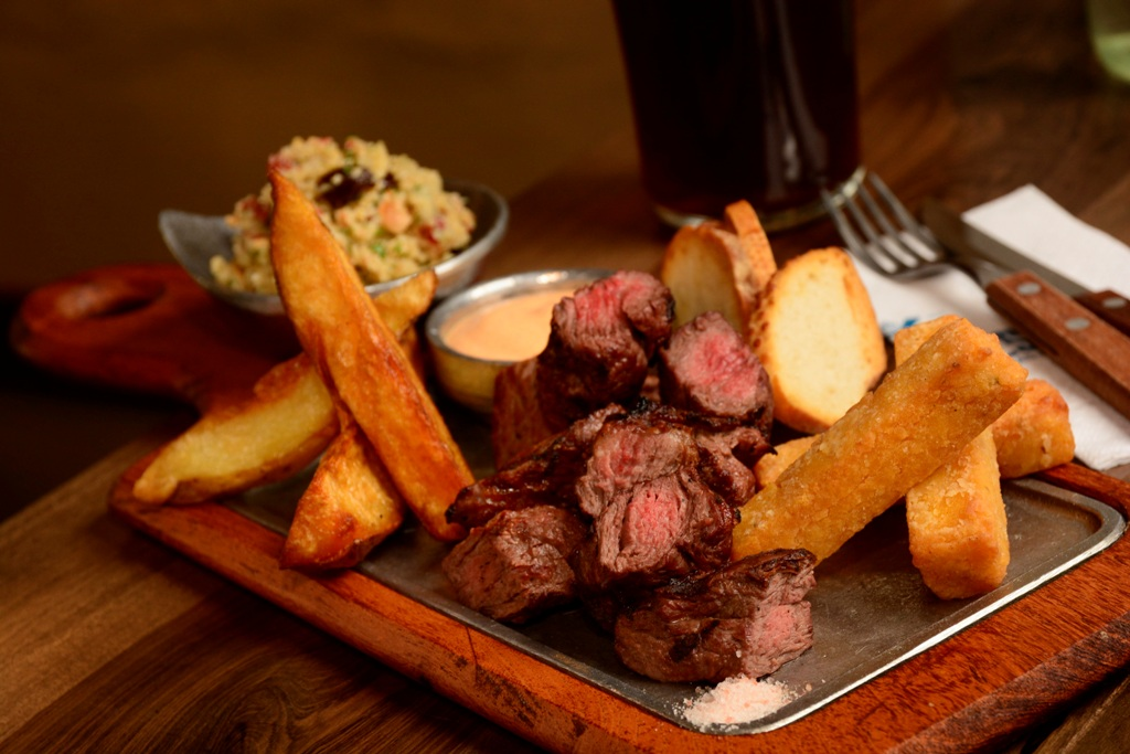 Abrió en Recoleta el primer Bar de Carnes de la Ciudad