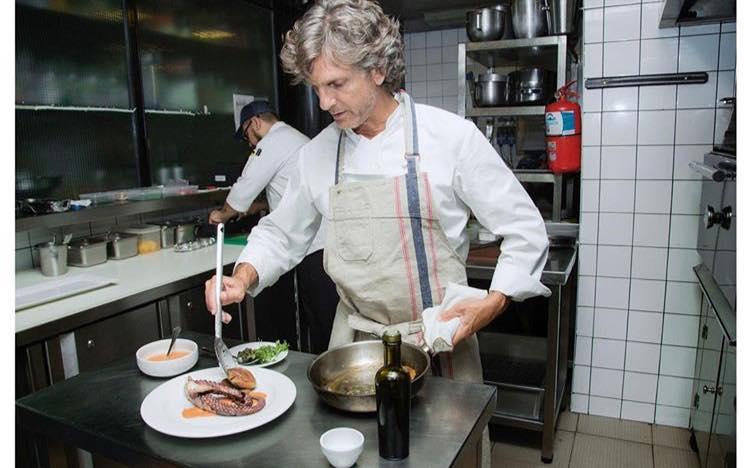 Pablo Massey celebra sus 20 años de trayectoria en La Panadería