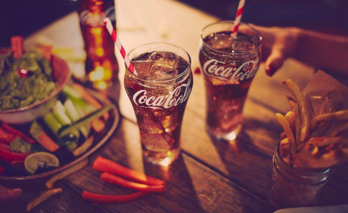 Pedidos Ya se une a Coca Cola para agasajar a sus clientes
