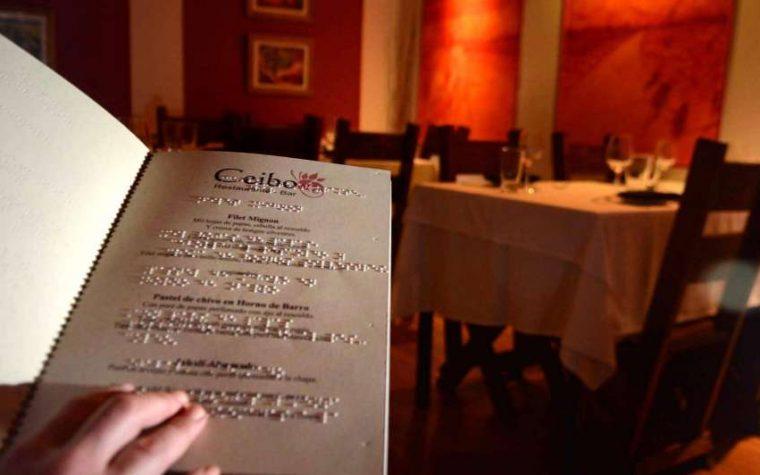 Bares y restaurantes de La Plata tendrán que ofrecer un menú en Braille