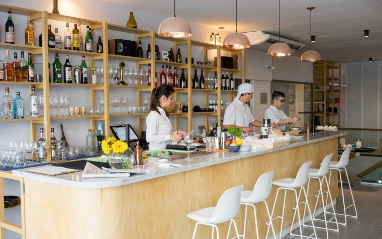 Henri: sushi, cocktails y café en Recoleta