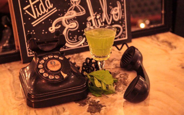 Leitmotiv: tragos de autor y bocados gourmet en Palermo