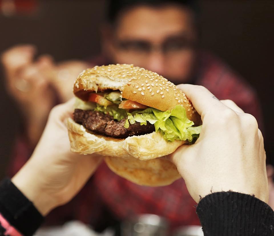 Fin de semana a pura hamburguesa en Vicente López