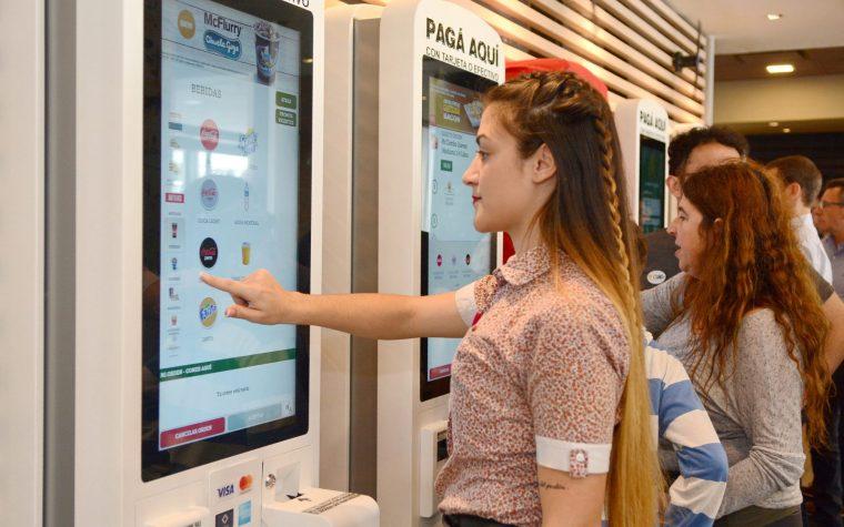 El McDonald's del Obelisco ya cuenta con tecnología Touch Screen