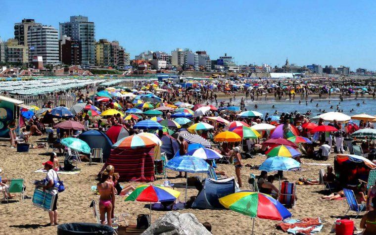 Arrancó la temporada 2018 en Mar del Plata: cuánto vale comer afuera