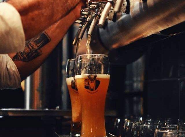 Bar Pintón: un sommelier de cervezas en Devoto