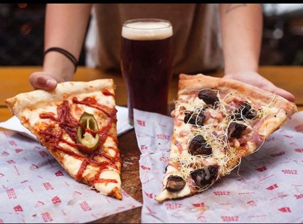 Hell's Pizza llegó a Palermo: pizza por porción al estilo neoyorquino