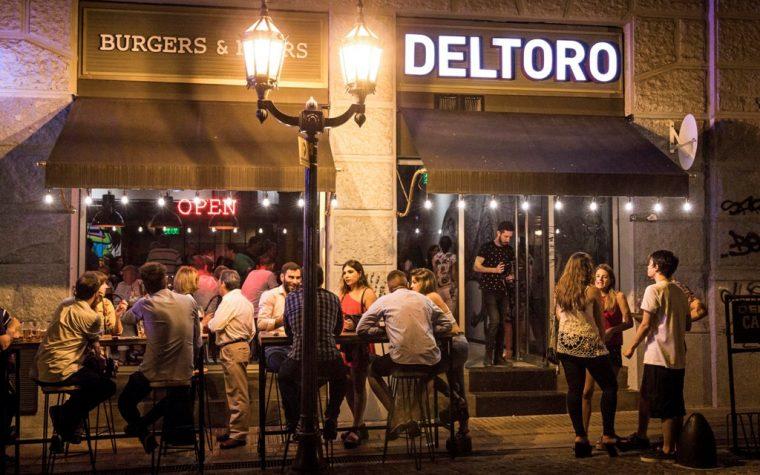 Deltoro inauguró una nueva sucursal en el histórico Palacio Raggio