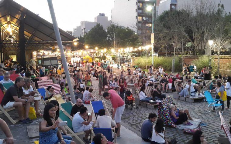 """""""Antojo de Cine"""": películas y gastronomía al aire libre"""