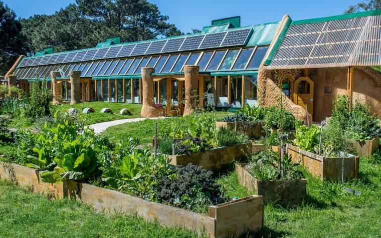 Comienza la construcción de la primera escuela sustentable del país y será documentada