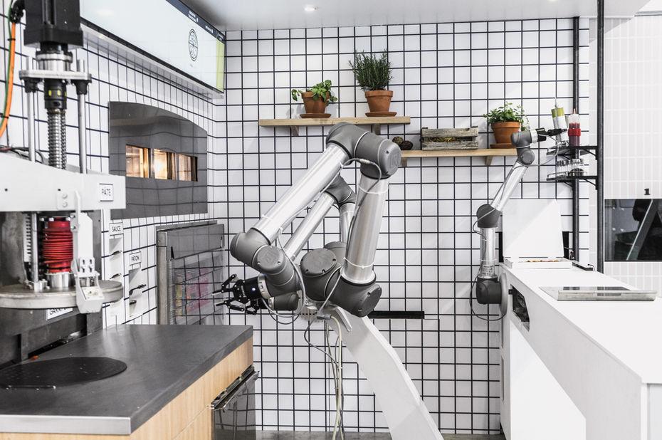 Conocé a Pazzi, el robot pizzero que debutó en Francia