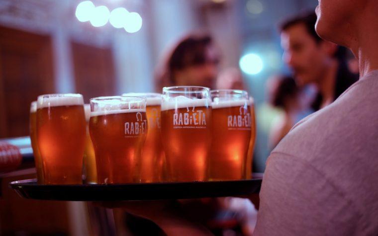 Cuando el rock y la cerveza se unen: La Beriso y Rabieta lanzan una cerveza especial
