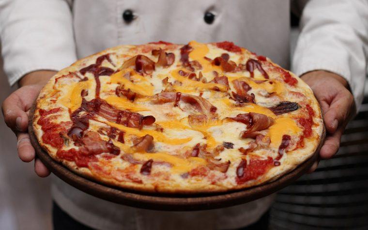 Historia y curiosidades para celebrar el Día del Pizzero